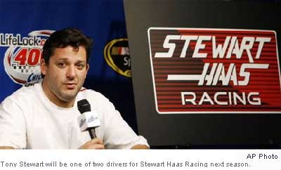 20080711tonystewart-stewarthaasracing-apphoto.jpg
