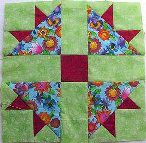 quiltblock-crossandcrown-10in.jpg